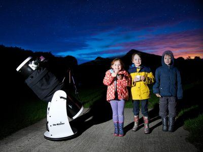 Children stargazing in the National Park