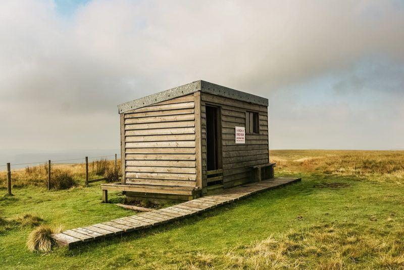auchope mountain refuge hut