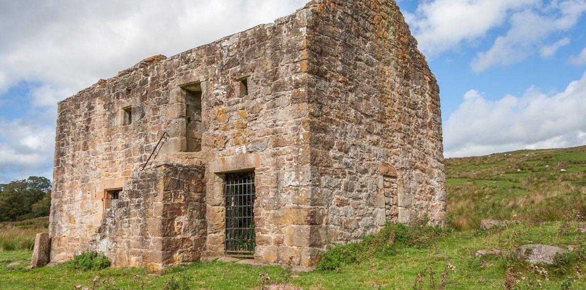 Black Middens Castle