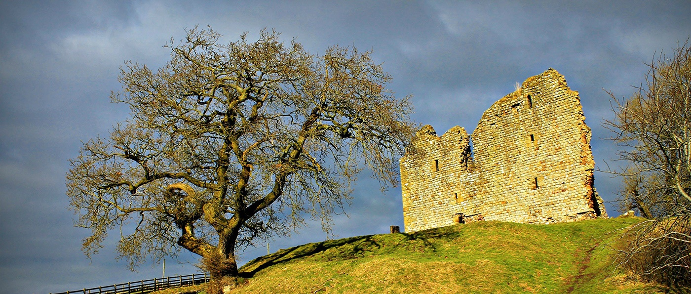 Thirlwall Castle in Autumn